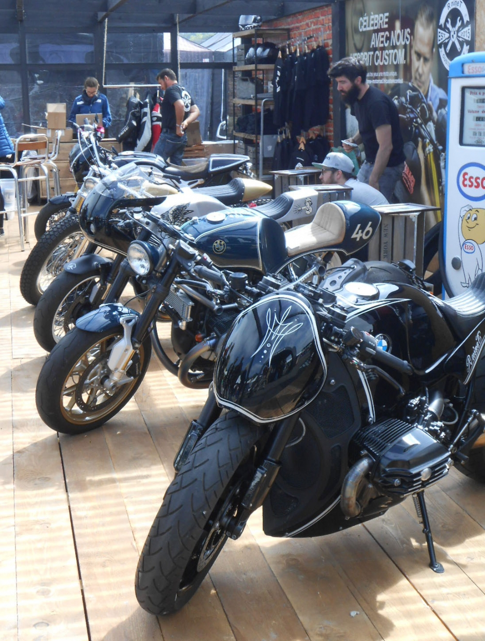 cafe racer montlhery paris france motorcycle tour. Black Bedroom Furniture Sets. Home Design Ideas